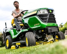 BlogTop 10 Things To Consider When Buying A Commercial Grade Mower